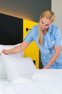 housekeeper-387x580
