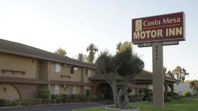 Costa Mesa Hotel